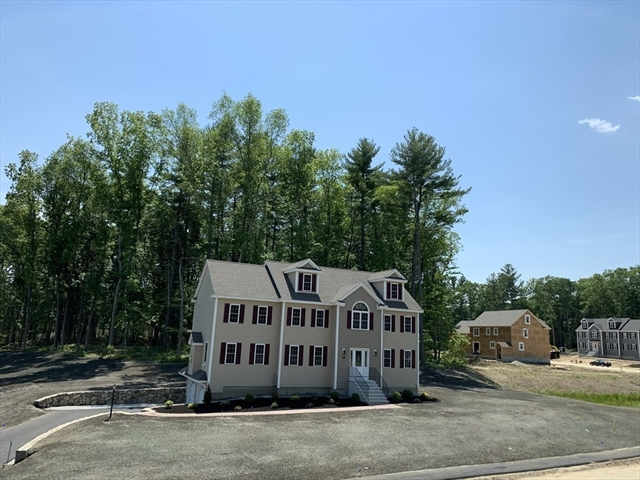 38 FIELDSTONE Lane Billerica MA 01821