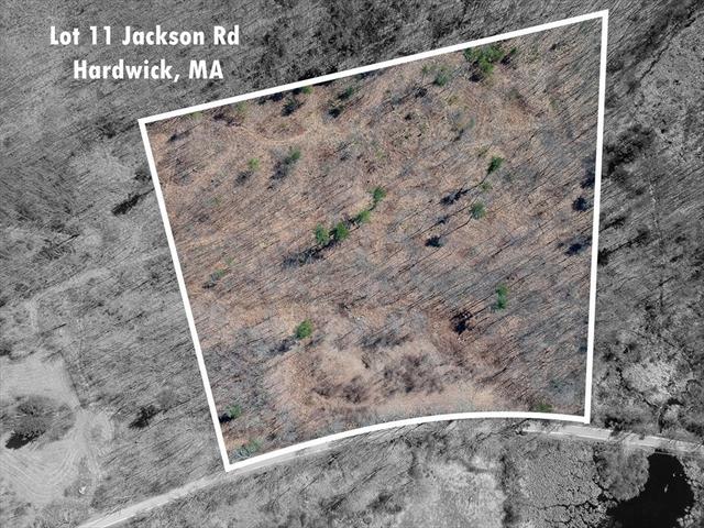 11 Jackson Road Hardwick MA 01037