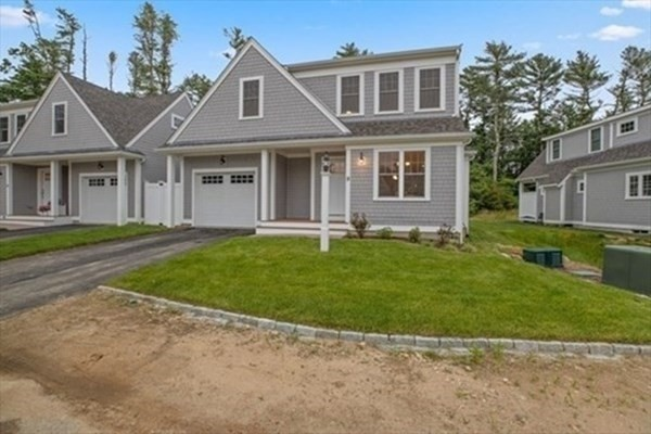 17 Twin Pines Lane Plymouth MA 02360