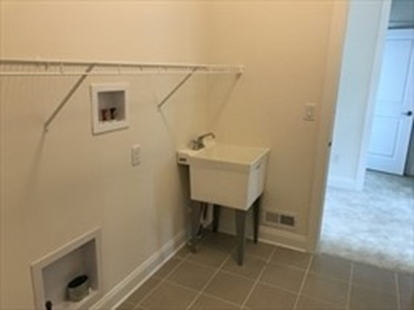 62 Woody NOOK Plymouth MA 02360