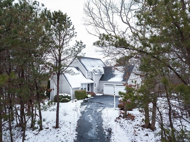 15 Foretop Road Bourne MA 02532