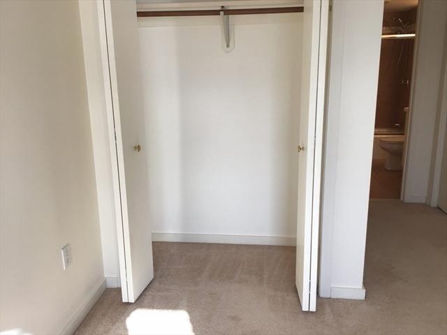 221 Place Lane Woburn MA 01801