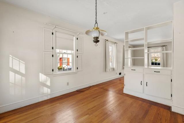 6 Beverly Avenue Marblehead MA 01945