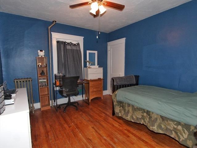 8 Summerhill Avenue Worcester MA 01606