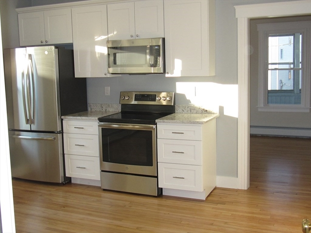 28 King Philip Road Worcester MA 01606