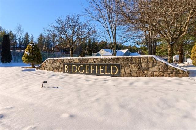 512 Ridgefield Circle Clinton MA 01510