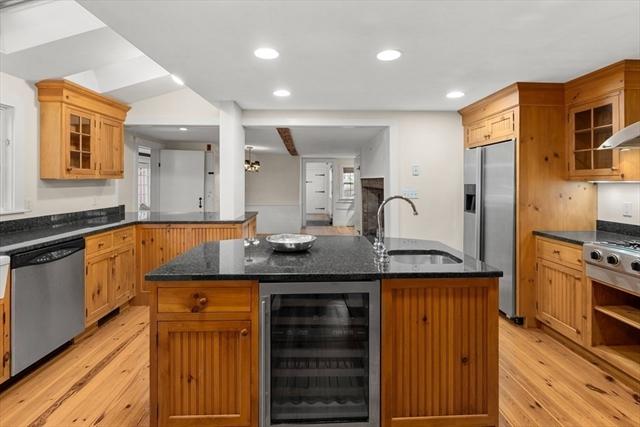 122 Great Plain Avenue Wellesley MA 02482
