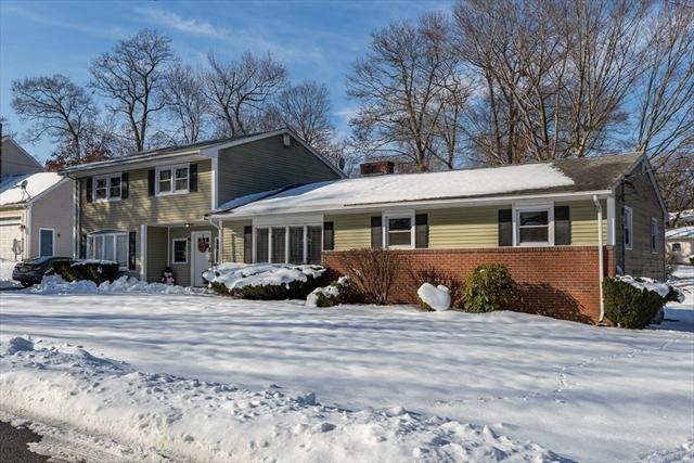 85 Oak Street Avon MA 02322