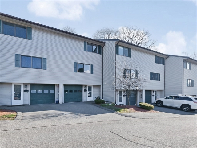 40 Crestview Drive Malden MA 02148