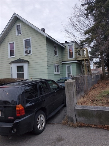 4 Sycamore Street Worcester MA 01608