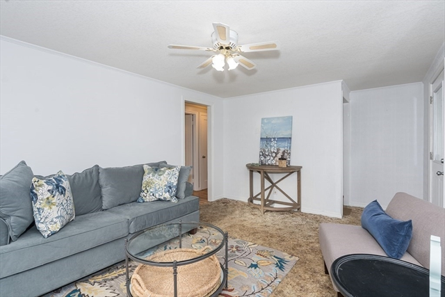 992 Berkshire Avenue Springfield MA 01151