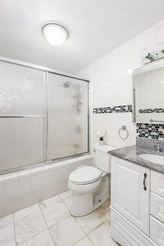 47 Carleton Street Attleboro MA 02703
