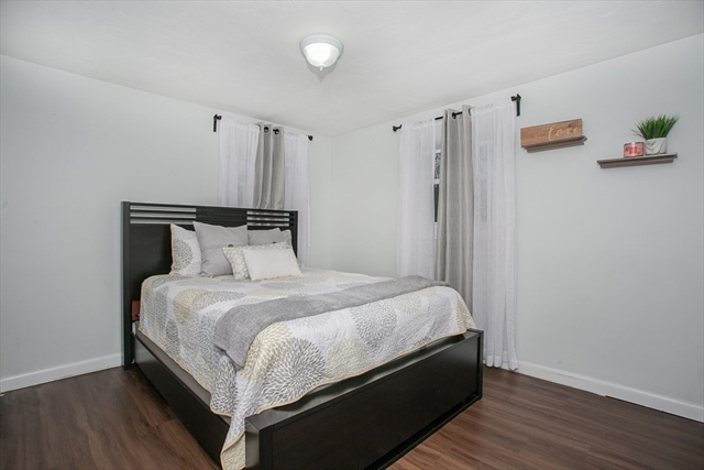 8 Kingsley Street Holbrook MA 02343