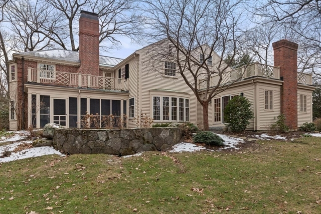 32 Peirce Road Wellesley MA 02481