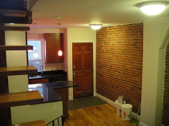 34 Sussex Boston MA 02120