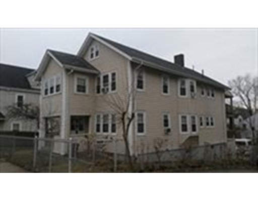 7 Beds, 3 Baths home in Boston for $979,000