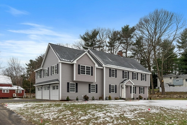 2 Carriage Hill Road Andover MA 01810