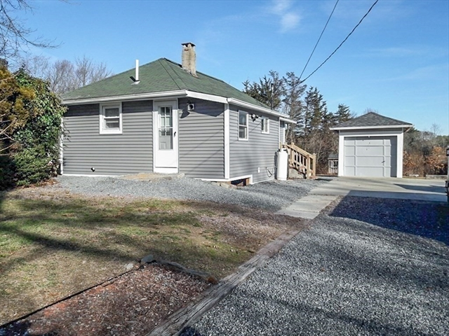 56 Alden Avenue Dartmouth MA 02747
