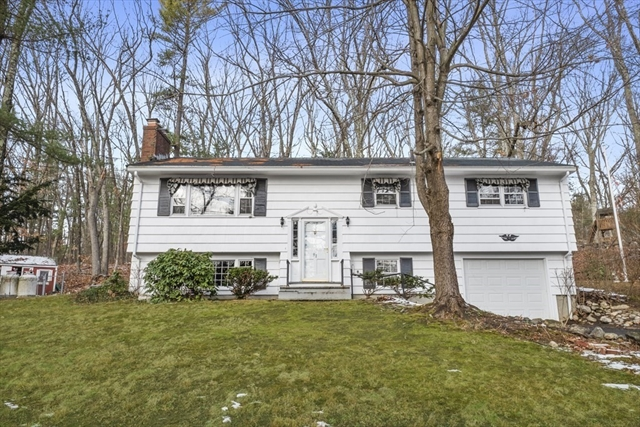 91 Pine Hill Road Chelmsford MA 01824