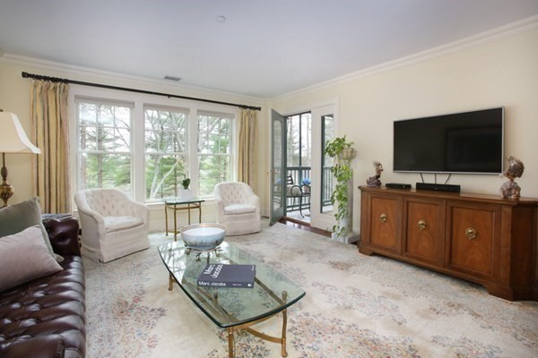 78 Forest Ridge Road Concord MA 01742