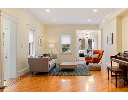 7 Chalk St, Cambridge, MA 02139