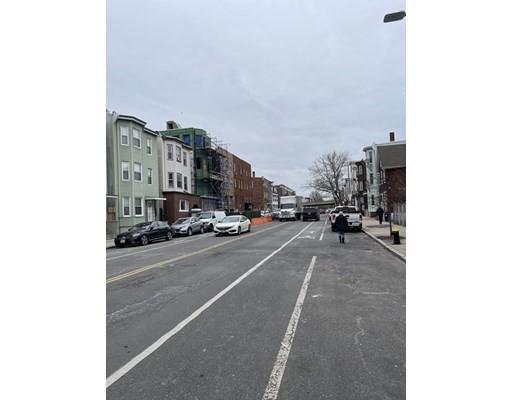 70 Chelsea St #4, Boston, MA 02128
