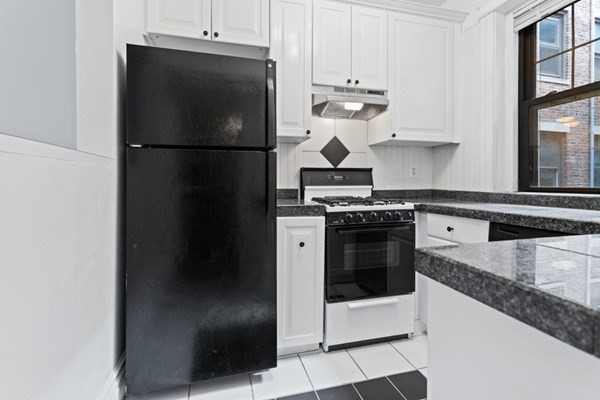 31 Queensberry Street Boston MA 02215