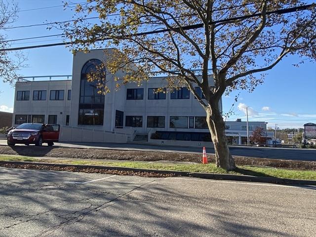 11 Vanderbilt Avenue Norwood MA 02062