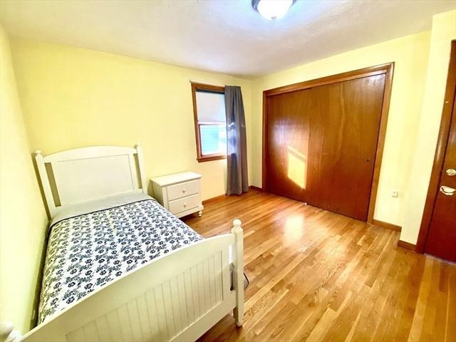 36 L Street Hull MA 02045