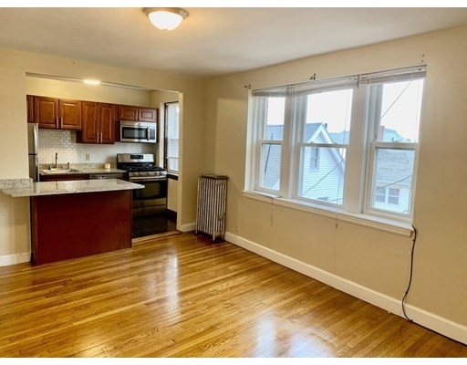 Pictures of  property for rent on Walnut St., Everett, MA 02149
