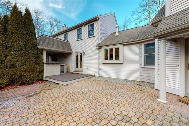 1 Hunts Pond Lane Abington MA 02351