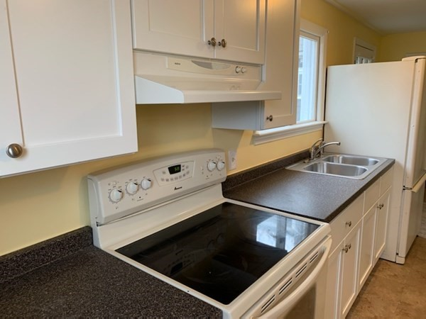 40 Beaver, Salem, MA, 01970,  Home For Rent