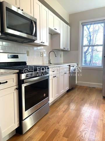 79 Webster Street Boston MA 02128