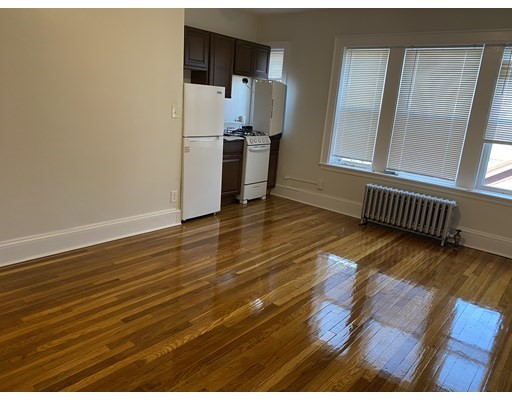 Pictures of  property for rent on Park St., Malden, MA 02148