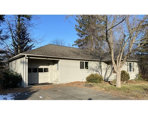 4 Beds, 1 Bath home in Amherst for $314,500