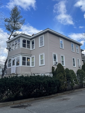 12 Wiley Place Wakefield MA 01880