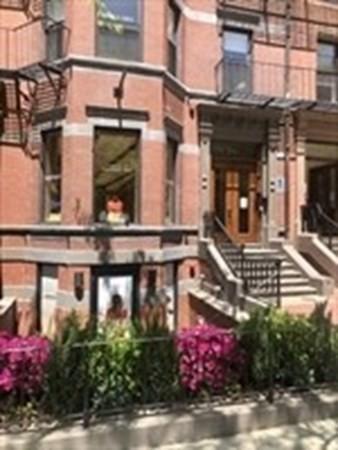 211 Newbury Street Boston MA 02116