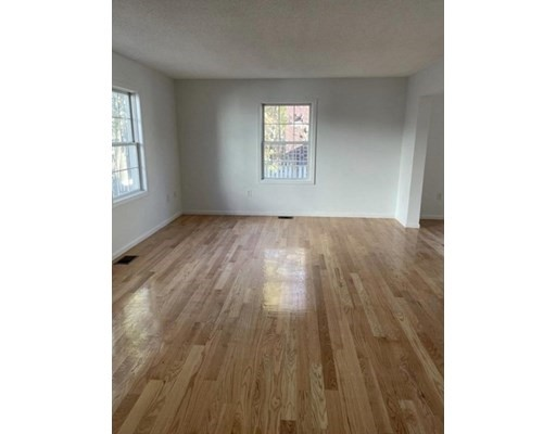 Pictures of  property for rent on Lauriat Pl., Medford, MA 02155