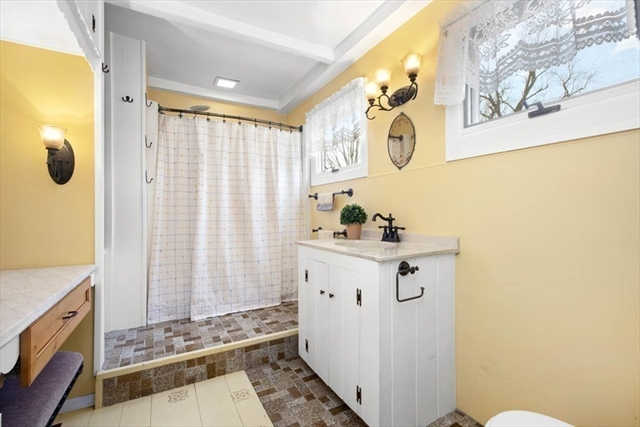 141 Lothrop Street Beverly MA 01915