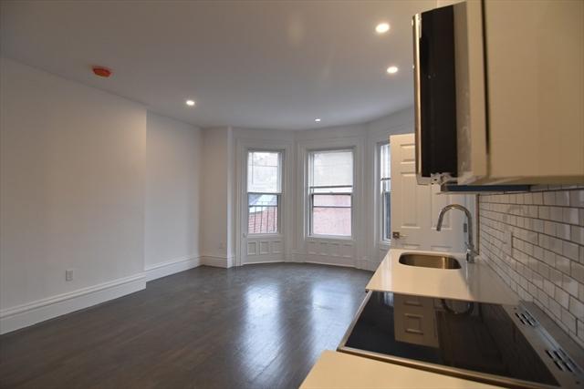 225 Newbury Street Boston MA 02115