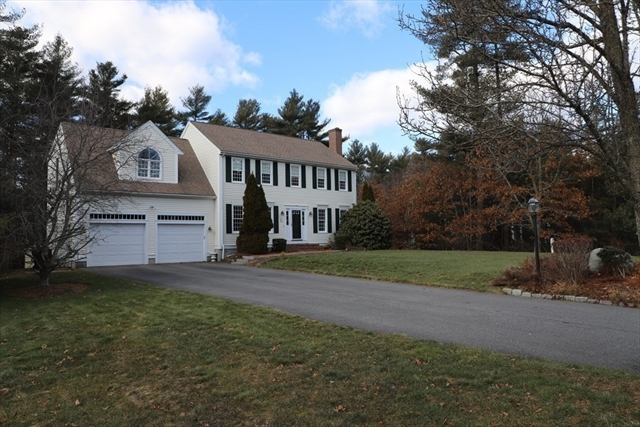 51 Saddleworth Way Middleboro MA 02346
