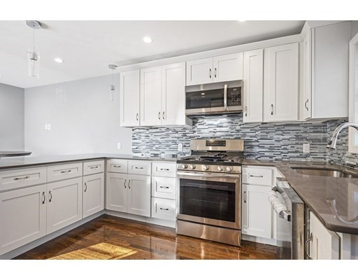 3 bed, 2 bath home in Boston for $659,900