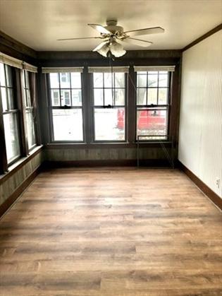 39 Grove St, Greenfield, MA: $199,900