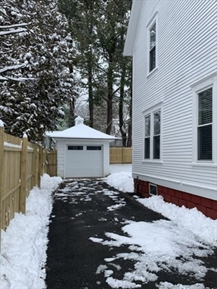33 Devens St, Greenfield, MA: $225,000