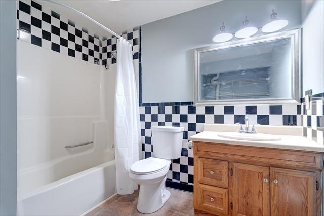 5 E Kendall Street Worcester MA 01605