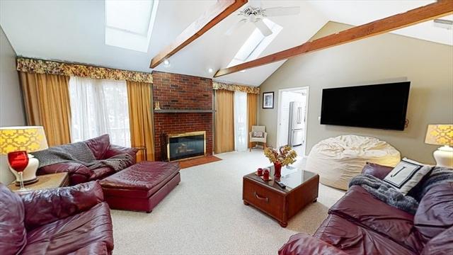 11 Cogswell Court Needham MA 02492
