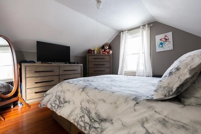 16 Oliver Street Dartmouth MA 02747