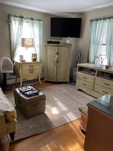 60 Old SOUTHBRIDGE Dudley MA 01571