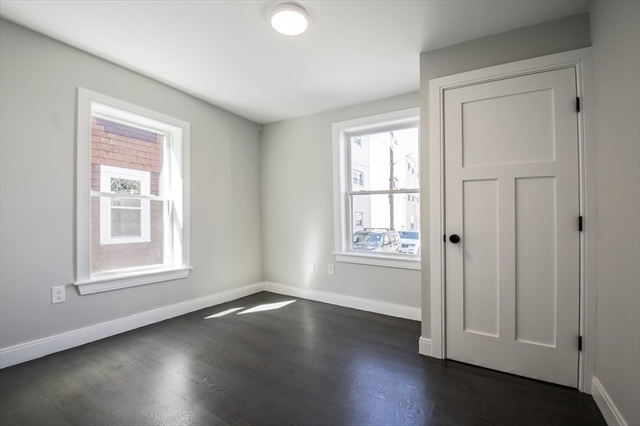 22 Murray Court Boston MA 02128