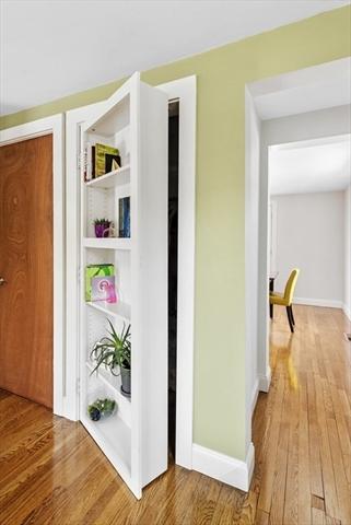 87 Green Street Marblehead MA 01945